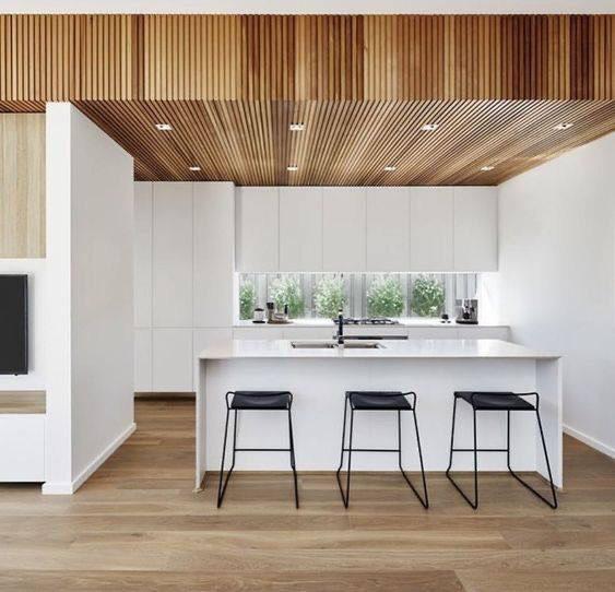 mẫu trần nhựa thả đẹp 2021 cho phòng bếp
