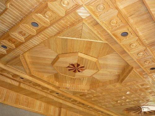 mẫu trần nhựa giả gỗ sang trọng