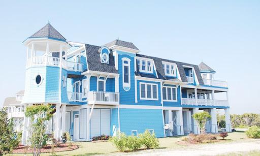 Mẫu 17: Sơn nhà màu xanh dương