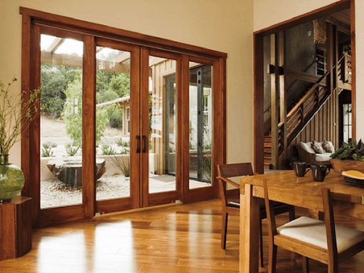 Mẫu cửa lùa nhôm vân gỗ Xingfa đẹp