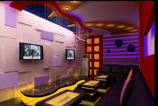 Mẫu trần thạch cao phòng karaoke đẹp trong gia đình