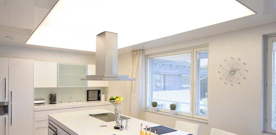 Mẫu trần xuyên sáng 3D phòng bếp