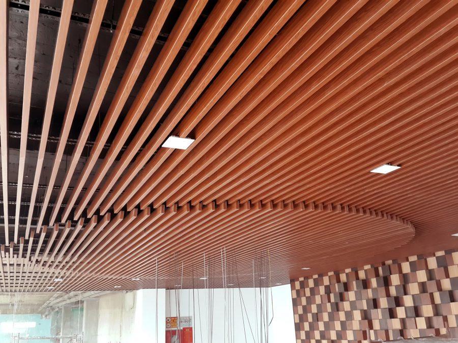 Mẫu trần nhôm 3D giả gỗ cực sáng tạo