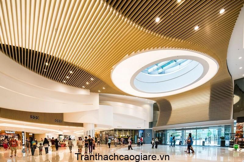 Mẫu trần thạch cao trung tâm thương mại hiện đại