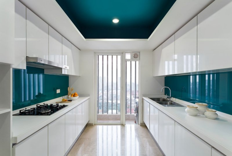 Mẫu trần thạch cao màu xanh phòng bếp cao cấp