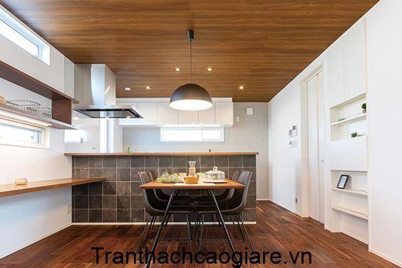 Gỗ nhựa vân gỗ trang trí phòng bếp kết hợp sàn gỗ nhựa tạo không gian ấm áp
